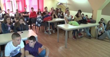rcu-ekonomska skola.mpg.Still001