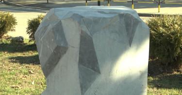 Prijepolje skulpture.mpg.Still001