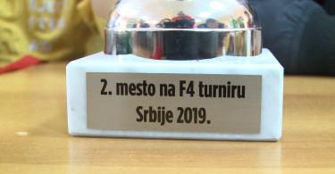 Prijem za kosarkase u Sevojnu.mpg.Still001